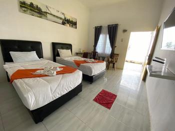 Woong Rame Resort & Restaurants Serdang Bedagai - BEACH TWIN ROOM ONLY  Regular Plan
