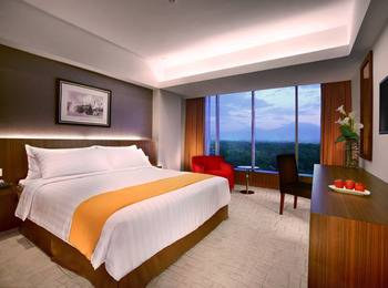 Aston Madiun Hotel Madiun - Superior Room Only Regular Plan