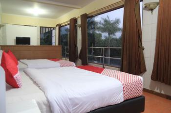 OYO 602 Hotel Hikmat Indah Bandung - Suite Family Room Regular Plan