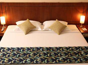 Oval Hotel Surabaya - Kamar Suite Regular Plan