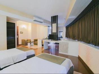 Oval Hotel Surabaya - Deluxe Room Only Regular Plan