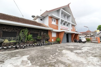 RedDoorz near RS Sarjito Yogyakarta