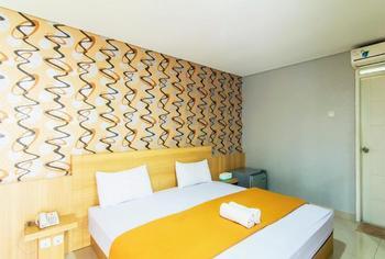 Villa Diamond Bandung - DELUXE AC BREAKFAST Regular Plan