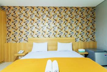 Villa Diamond Bandung - Deluxe Room Only Regular Plan