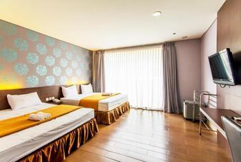 Villa Diamond Bandung - President Suite Room with Breakfast Regular Plan