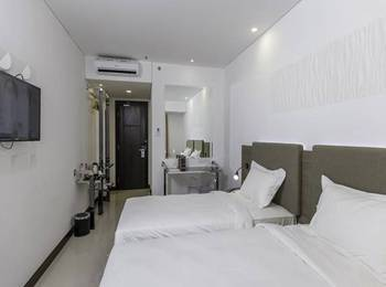 Verse Hotel Cirebon - Superior Twin Room Only Regular Plan