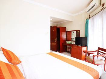 Pasah Asi Surabaya - Suite Standard With Breakfast Long Stay Discount