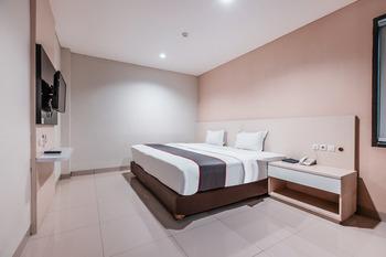 Collection O 26 Hotel Igloo Bekasi - Deluxe Double Room Regular Plan