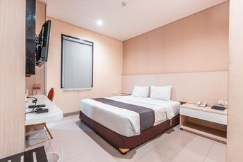 Collection O 26 Hotel Igloo Bekasi - Standard Double Room Regular Plan