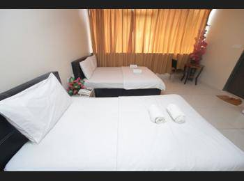 Safari Hotel Kuala Lumpur - Triple Room