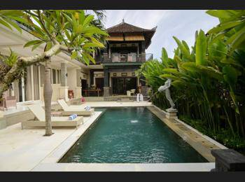 Sekembang Ubud Villa