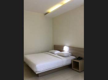 Msquare Hotel Palembang - Deluxe Room, 1 King Bed Regular Plan