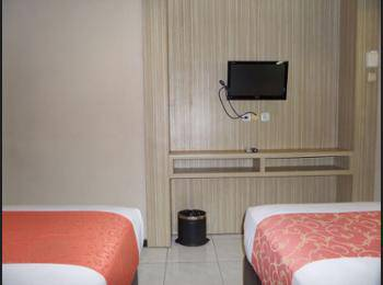 Panorama Hotel Jember - Kamar Superior Regular Plan