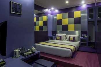 Dhanesvara Holistic Unique Homestay Surabaya - Standard Room Regular Plan
