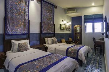 Dhanesvara Holistic Unique Homestay Surabaya - Superior Room Regular Plan
