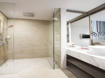Ibis Styles Bali Petitenget - Superior Double Room, Balcony Regular Plan