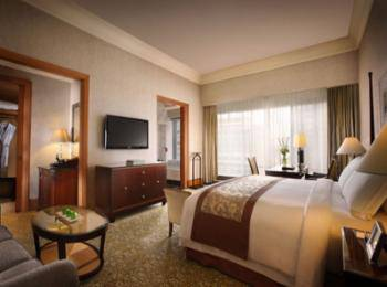 The Ritz-Carlton Mega Kuningan - Kamar Klub, akses business lounge, pemandangan kota Regular Plan