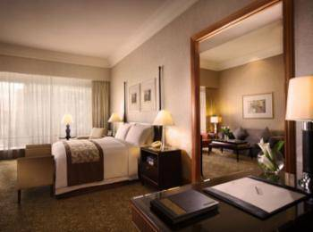 The Ritz-Carlton Mega Kuningan - Mayfair, Suite Klub, 1 Tempat Tidur King, akses business lounge Regular Plan