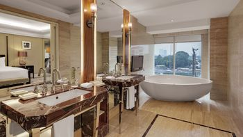 Hotel Indonesia Kempinski Jakarta - Deluxe Room, 2 Twin Beds (Grand) Regular Plan