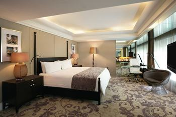 Hotel Indonesia Kempinski Jakarta - Deluxe Room, 1 King Bed Regular Plan