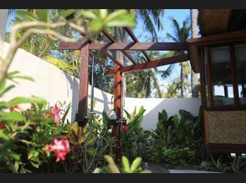 Pondok Santi Estate Gili Trawangan - Private Pool Bungalow Diskon!
