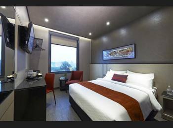 Hotel Boss Singapore - Premier Double Room Regular Plan