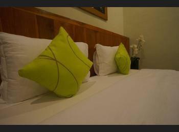 Villa Mataano Lombok - Kamar Double Deluks, 1 Tempat Tidur King, lemari es, pemandangan kebun Hanya malam ini: hemat 35%
