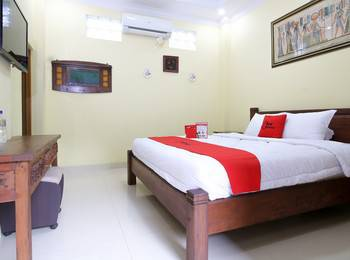 RedDoorz Plus @ Maguwo Yogyakarta - RedDoorz Room with Breakfast Regular Plan