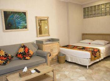 Hawaii Resort Family Suites Anyer - Deluxe 1 Kamar - Hanya Kamar Regular Plan