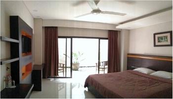 Hotel Grand Bintang Tawangmangu - Junior Deluxe Room Regular Plan