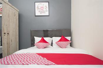 OYO 647 Irooms Homestay Yogyakarta - Deluxe Double Room Regular Plan