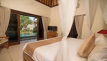 M and D Villa Seminyak Bali - Standard Room Regular Plan