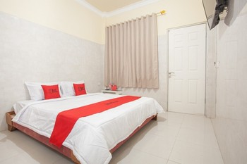 RedDoorz @ Sedati Surabaya - RedDoorz SALE 125K Regular Plan