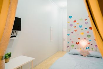 Ministry Homestay Jogja - Double Room (Love Room) Regular Plan
