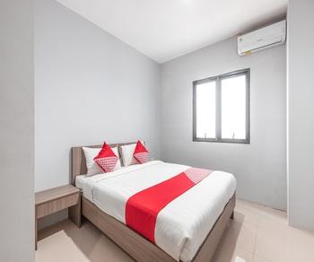 OYO 1329 Tanjung Pakuan Bogor - Standard Double Room Regular Plan