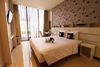Mine Home by Sovia Bandung - Excecutive Double Or Twin Room Only (Non Smoking) Regular Plan