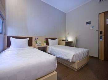 Hotel 88 Mangga Besar 62 - Superior Room With Breakfast Regular Plan