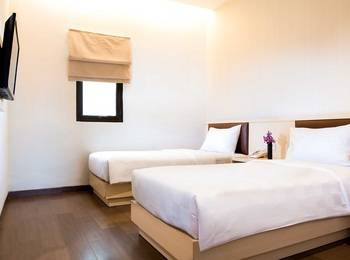 Hotel 88 Mangga Besar 62 - Superior Room With Breakfast Regular Plan
