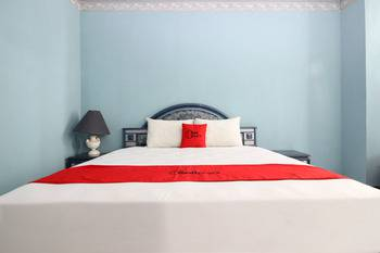 RedDoorz near Malioboro Mall Yogyakarta - RedDoorz Room Regular Plan