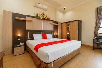 RedDoorz Plus @ Hotel Sempurna Watervang Lubuk Linggau Lubuklinggau - RedDoorz Premium with Breakfast Basic Deal