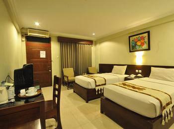 Cakra Kembang Hotel Yogyakarta - Kamar Business Twin Regular Plan