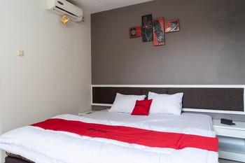 RedDoorz Plus @ Sawah Besar Jakarta - RedDoorz Room Regular Plan