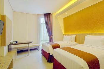 Teraskita Hotel Jakarta Managed by Dafam - Deluxe Twin Room Only Regular Plan