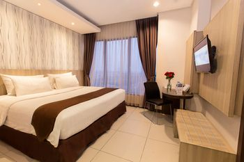Teraskita Hotel Jakarta Managed by Dafam - Executive Double Room With Breakfast Regular Plan