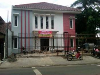 Guest House BJ12 Near AEON ICE BSD