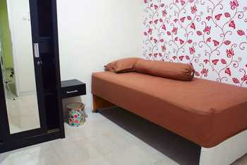 Guest House BJ12 Near AEON ICE BSD - Single Extra Bed Room Only Regular Plan