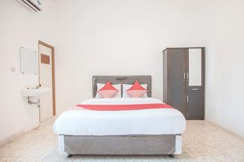 OYO 332 Residence G17 Kemang Jakarta - Deluxe Double Room Regular Plan
