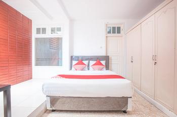 OYO 332 Residence G17 Kemang Jakarta - Suite Double Regular Plan