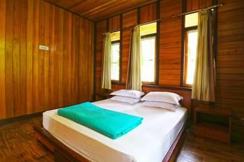 Villa Gardenia Bandung - Deluxe 3 Bedroom Villa Last Minute Deal - 34% Off