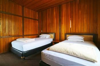 Villa Gardenia Bandung - Standard 4 Bedroom Villa Minimum Stay 2Nights